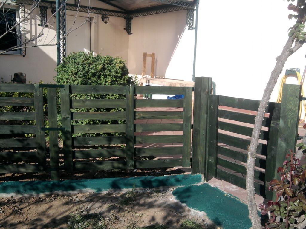 Gartenzaun-aus-Holz